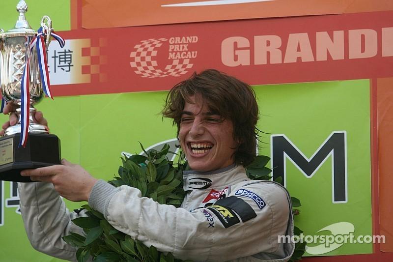 Roberto Merhi takes two wins in British F3