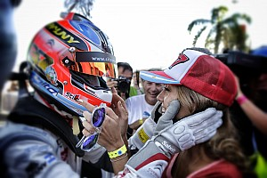 'Pechito' Lopez claims pole for home race