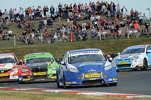 British Touring Car Championship sets 2015 schedule