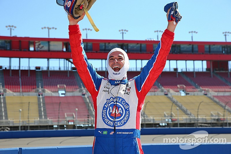 Castroneves on pole for IndyCar season finale - Power qualifies poorly