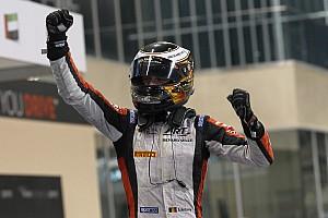 Vandoorne dominates Feature Race at Yas Marina