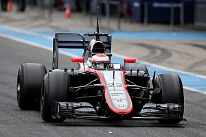 Dennis upbeat despite horror start for McLaren-Honda