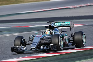 Technical problem brings early finish for Mercedes on opening day at Barcelona