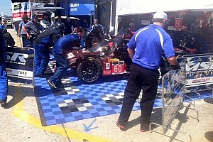 Michael Shank Racing crashes, crew member struck in pit road incident