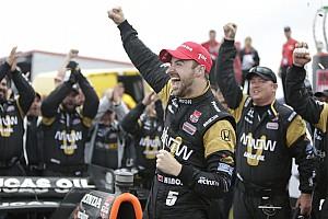 Hinchcliffe wins rain-marred and crash-filled race NOLA
