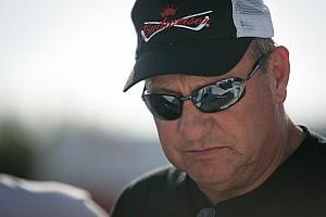 NASCAR veteran Ken Schrader dominates at Salem