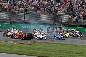 Castroneves hit with eight point penalty, Dixon not satisfied