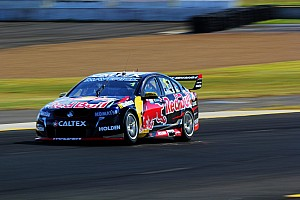 Whincup breaks losing streak with Sydney win