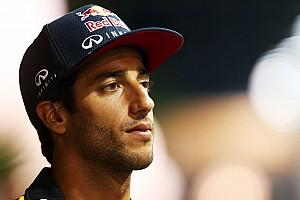 Ricciardo says Mercedes