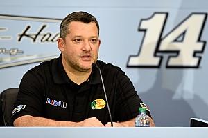 NASCAR community reacts to Tony Stewart retirement announcement
