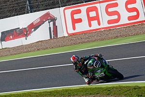 Magny-Cours WSBK: Rea beats Davies to victory in second race