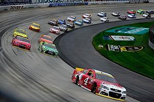 Rumors aside, Harvick's winning Dover car passes NASCAR inspection