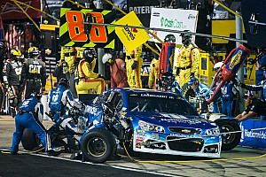 Despite Dover troubles, Earnhardt wants to keep his pit crew intact