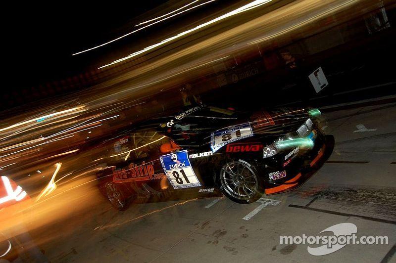 Pitstop at night, 24H Nürburgring 2009