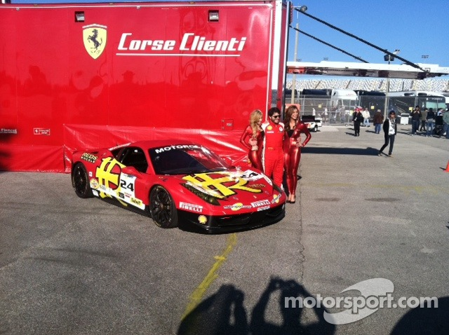 Just enough Ferrari red for Carlos Kauffmann and the MOMO Grid Girls