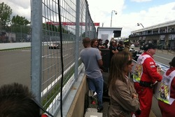 Decisions on what and where to watch on the pit wall