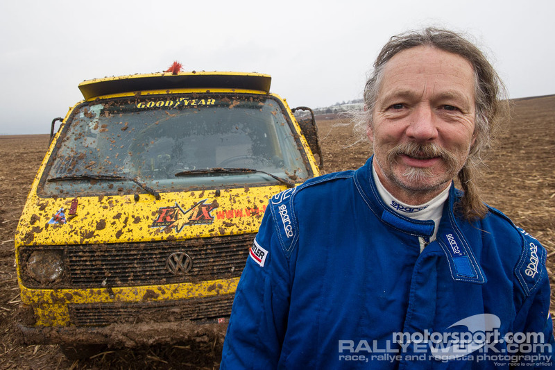 Bernd Jäger, the inventor and driver of the VW T3 Syncro Rallyebus