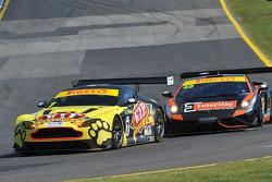 Tony Quinn (Aston Martin Vantage) leads Justin McMillan (Gallardo FL2 GT3)