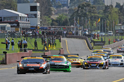 start of the penultimate round of the Australian GT Championship presented by Pirelli at Sandown