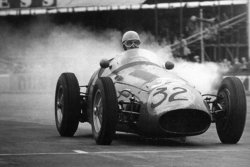 French F1 driver Robert Manzon
