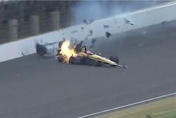 James Hinchcliffe crash