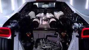 The new Audi R8 V10 plus