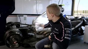 Car features with Valtteri #BOTTAS - Part 3 of 5 - KERS