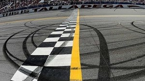 Why finishes at Talladega are so awesome