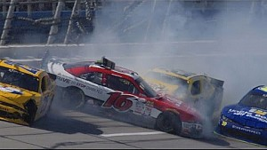 Red flag after huge crash coming to pit road